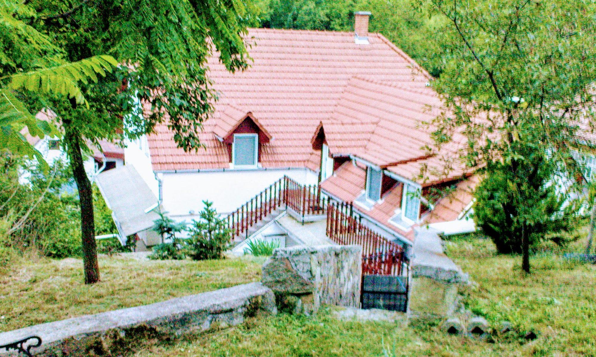 Bé-La vendégház Szomolya